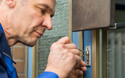 Problem With Your Door Locks? What To Do In An Emergency